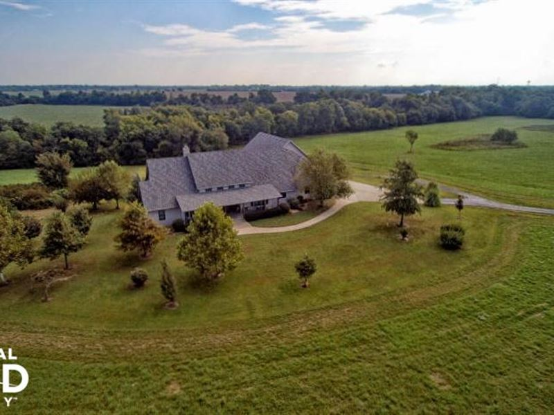 Executive Home With Farm And Pond : Carl Junction : Jasper County : Missouri