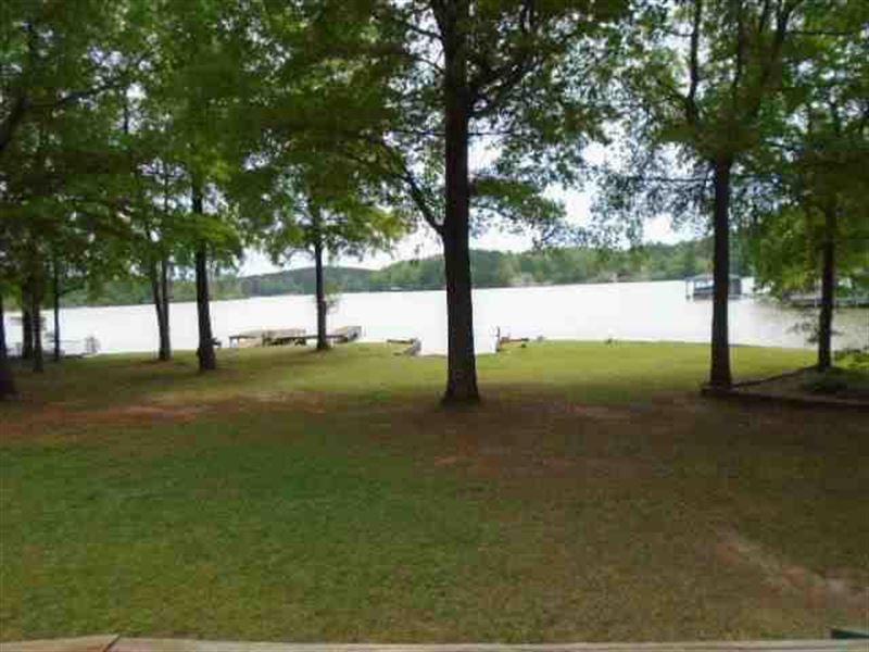 Lake Sinclair Home On Lake : Eatonton : Putnam County : Georgia