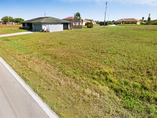 .25 Acres In Cape Coral, FL : Cape Coral : Lee County : Florida