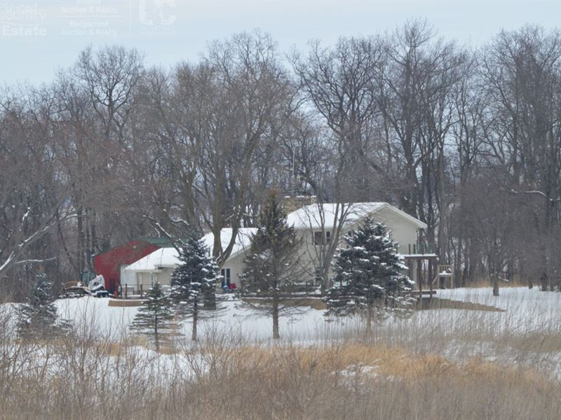 A True Wisconsin Country Estate : Rio : Columbia County : Wisconsin