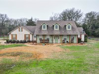 Country Home On 4+ Acres In Bryan : Bryan : Brazos County : Texas