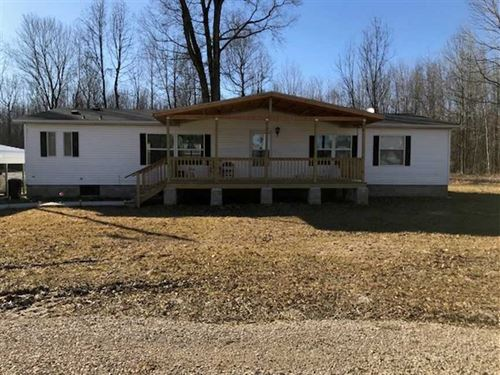 4 Mobile Homes on 3.56 Acres For : Poplar Bluff : Butler County : Missouri