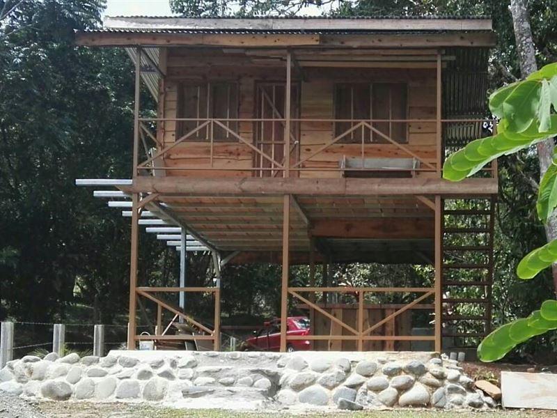 New Small Cabin Near Pejibaye River : Pejibaye : Costa Rica