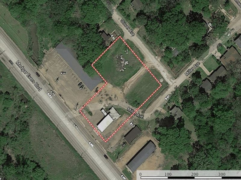 Commercial Building In Hinds County : Jackson : Hinds County : Mississippi