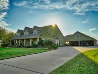 5488 Sq/Ft Home On 15 Acres : Waller : Waller County : Texas