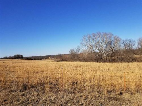 10 Acres For Sale With Pond in Mon : Independence : Montgomery County : Kansas