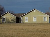 4Br 2Ba 1,956 sf 1-Story Sing : Wellsville : Franklin County : Kansas