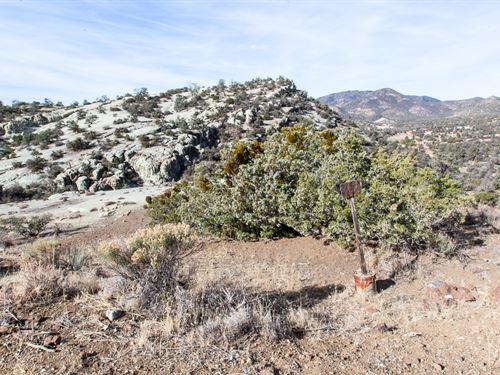 Very Special Near Tehachapi : Tehachapi : Kern County : California