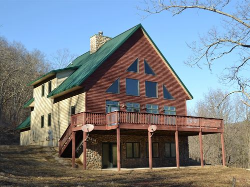 Alpine Home Overlooking Kickapoo : Soldiers Grove : Crawford County : Wisconsin