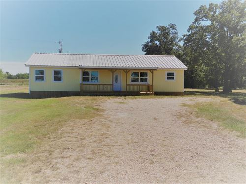 1.84 Acres And House In Bedias : Bedias : Grimes County : Texas