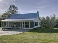 Gorgeous Home With Private Lake : Woodville : Wilkinson County : Mississippi