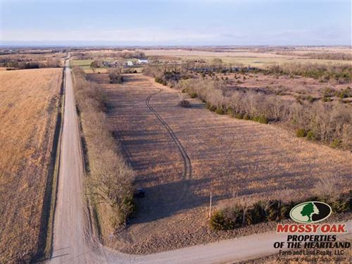 11 Acres Ready To Build : Cherryvale : Montgomery County : Kansas