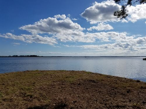 Unique Waterfront Acreage : New Bern : Craven County : North Carolina