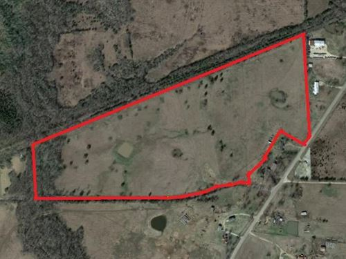 46.29 Acres Right Outside Of Town : Paris : Lamar County : Texas