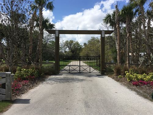 344+/- Acre Private Game Ranch : Okeechobee : Florida