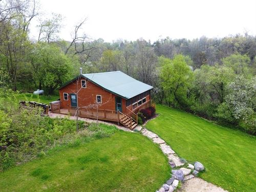 Off Grid Cabin Paradise : Mineral Point : Iowa County : Wisconsin