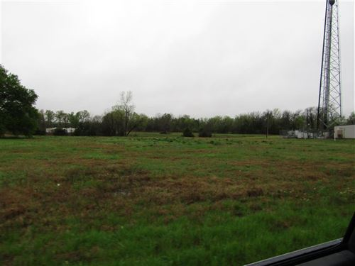Commercial Land Great Location : Paris : Lamar County : Texas