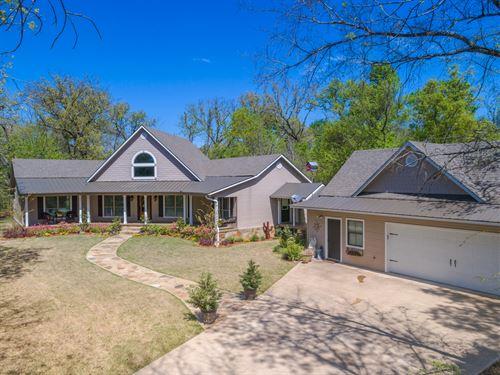 Beautiful Custom Home On 6+ Acres : Sulphur Springs : Hopkins County : Texas