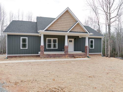11.52 Acres With New 1600Sqft Home : Sandy Hook : Goochland County : Virginia