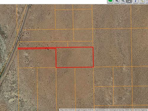 5.28 Acres In North Edwards, CA : North Edwards : Kern County : California
