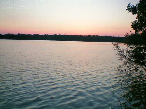 Waterfront Lot : Briggsville : Marquette County : Wisconsin