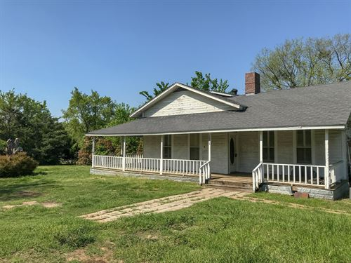 1890 Farm House On 2+ Acres : Cumby : Hopkins County : Texas