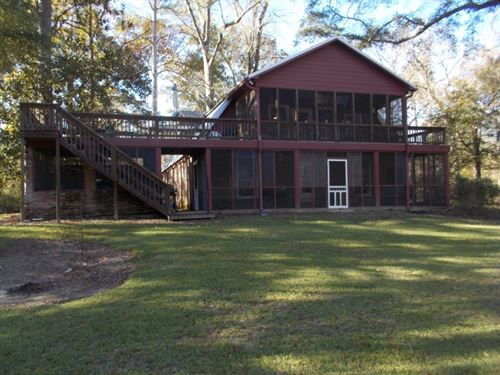 Camp And 3.5 Acres : Tylertown : Walthall County : Mississippi