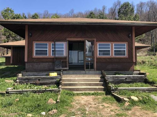 62 Acres With Rustic Home & In : Marshall : Searcy County : Arkansas