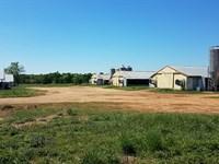 Grand E Farms, 6 House Brolier Farm : Fort Deposit : Lowndes County : Alabama
