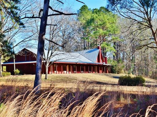 Hunting Lodge And Timber Property : Red Lick : Jefferson County : Mississippi