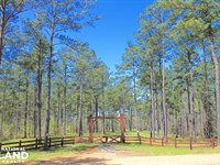 The Columbiana Waxahatchee Creek Tr : Columbiana : Shelby County : Alabama