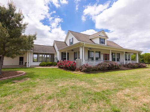 Beautiful Custom Home, 43+ Acres : Sulphur Springs : Hopkins County : Texas