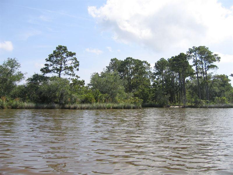 1+/- Acre Private Island : Freeport : Walton County : Florida