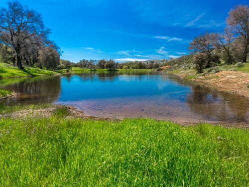 Majestic Mesa Grande Acreage : Santa Ysabel : San Diego County : California