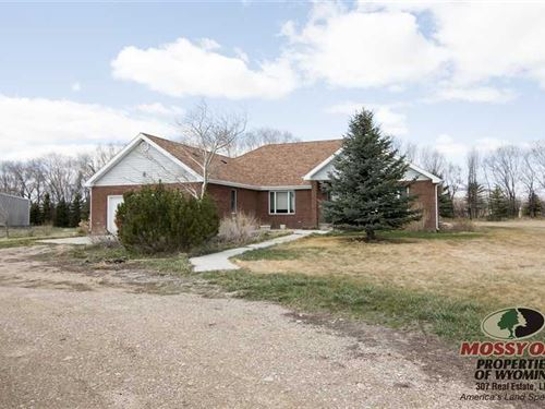 Four Bedroom, Three Bath Home on 9 : Powell : Park County : Wyoming
