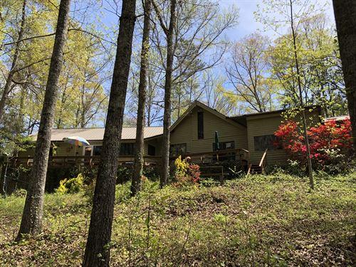 4 Br/2.5 Ba Home On 4.5 Acres : Acworth : Cherokee County : Georgia