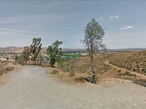 .23 Acres In Lake Elsinore, CA : Lake Elsinore : Riverside County : California