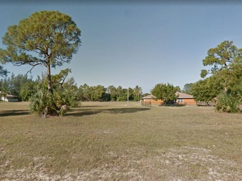 .35 Acres In Cape Coral, FL : Cape Coral : Lee County : Florida