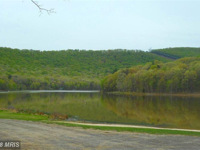 Lake Access All In The Hills Of Wv : Springfield : Hampshire County : West Virginia