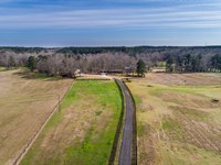 Remodeled Ranch W/ Barns & Arena : Monroe : Walton County : Georgia