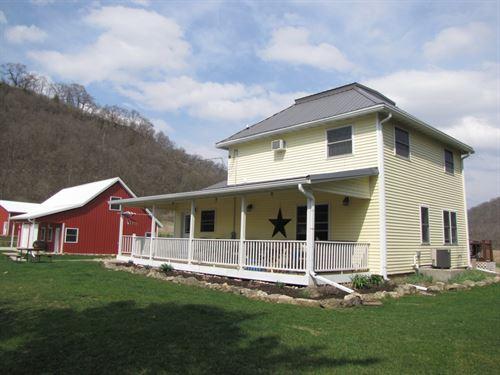 Big Green Valley Farmette : Woodman : Grant County : Wisconsin