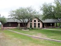 Rio Vista Retreat - Custom Home on : Rio Vista : Johnson County : Texas