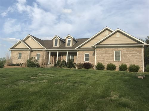60 Acre Farm With Fabulous Home : Summer Shade : Barren County : Kentucky