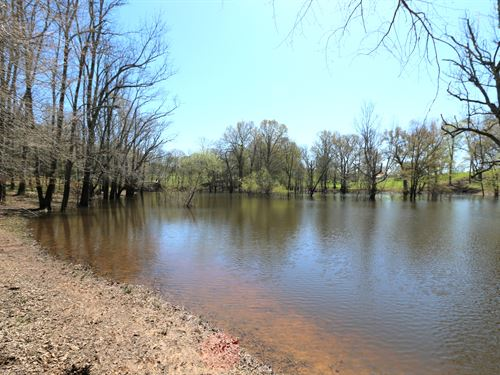 Large Pond & 25 Ac In 3 Tracts : Sparta : White County : Tennessee