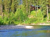 Diamond R Guest Ranch : Hungry Horse : Flathead County : Montana