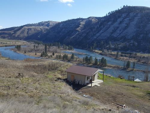 Clearwater River Views : Juliaetta : Nez Perce County : Idaho