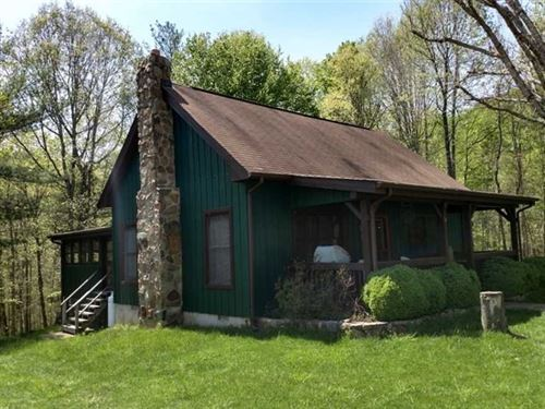 10 Acres of Residential Hunting La : Monroe : Amherst County : Virginia