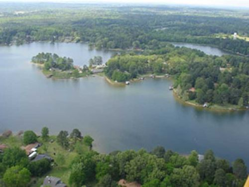 1 Ac. Beautiful Private Lake : Madison : Mississippi