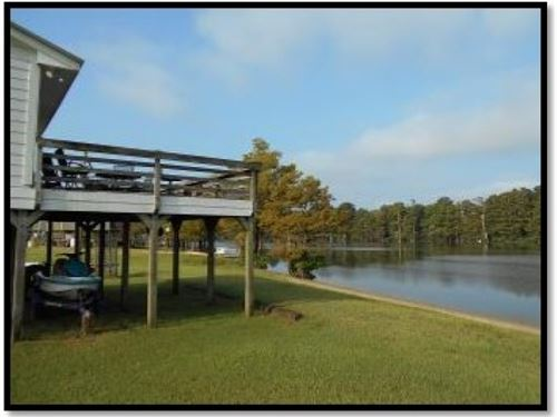 2.701 Acres On Wolf Lake In Humphre : Yazoo City : Humphreys County : Mississippi