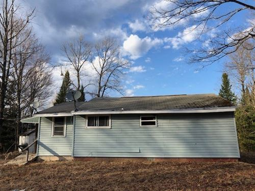 Rustic Cabin With 40 Acres W/Elec : Republic : Marquette County : Michigan